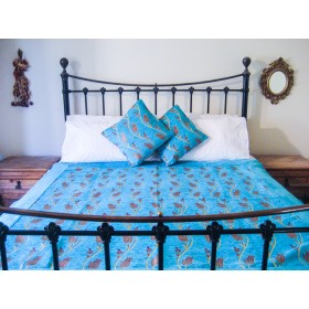 Tulip Vine Turquoise Throw